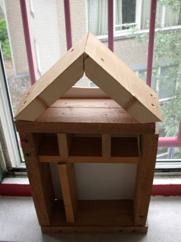 Insecthotel_casco-is-af-375x500_c
